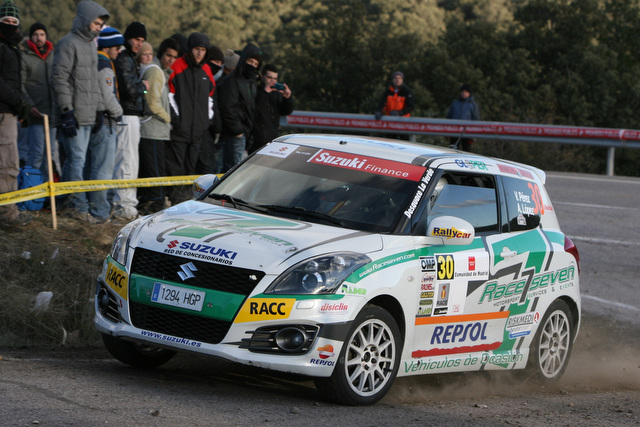 Victor Pérez es el vencedor de la Copa Suzuki Swift 2013