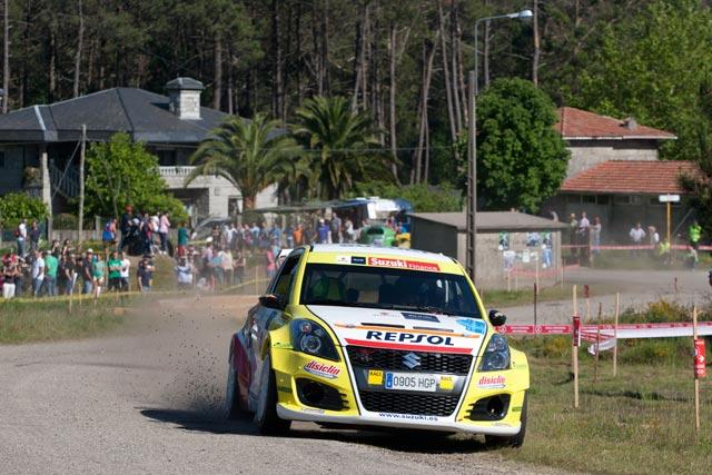 El equipo Suzuki-Repsol lidera las 2RM tras la primera etapa del 51 Rallye Rías Baixas