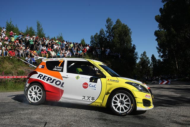Alberto Hevia y Jordi Mercader se imponen en las 2RM en el 51 Rallye Rías Baixas