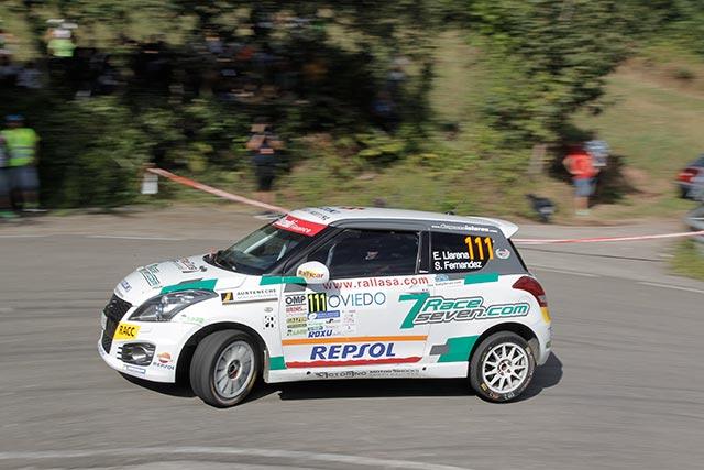 Efrén Llarena gana la Copa Suzuki Swift en el 53 Rally Princesa de Asturias