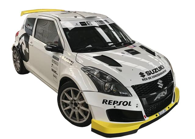 Alexey Lukyanuk de tests con el Suzuki Swift R+